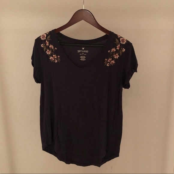 (3 for $40)American eagle flower top